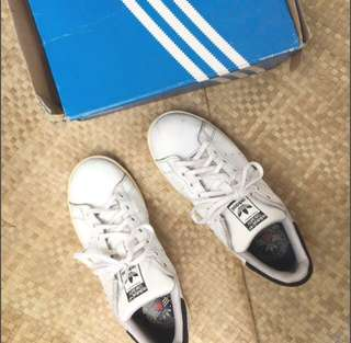Sale! 💯 Authentic Rita ora • Stan smith Adidas