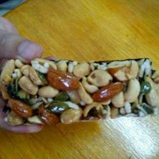 Bar chocolate kacang