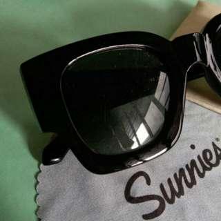 Sunnies by sunnies studios