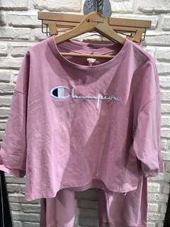 Champion cropped sleeve pink top