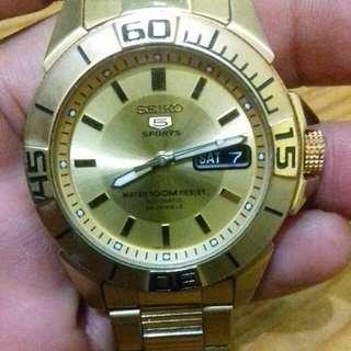 Jam tangan seiko 5 Sport (Gold)