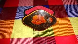 菱形木製小漆盒 - 牡丹花