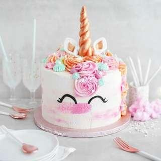 UNICORN CAKE for your sweet heard