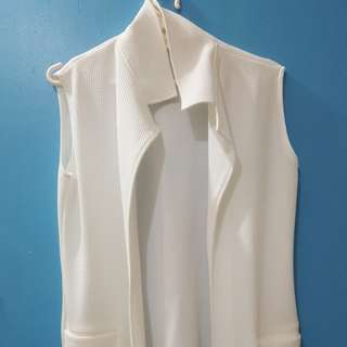 White Long Vest with 2 pockets