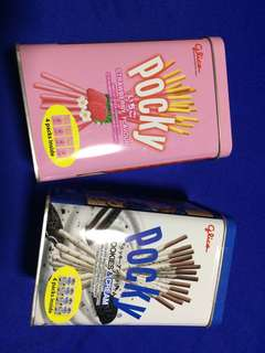 Brand new 4 boxes of pocky snacks in metal tin (strawberry, cookies & cream)
