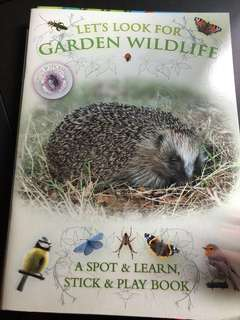 Garden wild life sticker and learn book