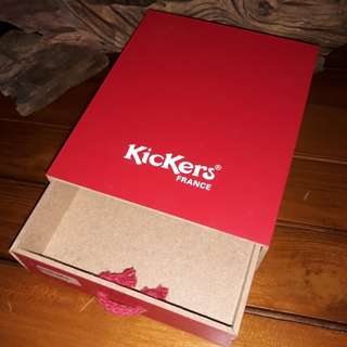 Kickers wood box