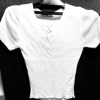 🚚 超顯瘦白色針織衫上衣#女裝半價拉