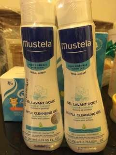 Mustela cleaning gel