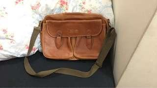 🚚 全新-復古皮革側背手提包