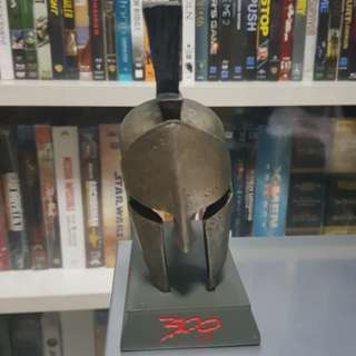 Helmet of Leonidas from 300 giftset made by NECA