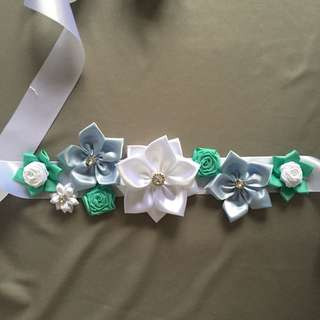 Baby bump belt / pregnancy sash / maternity sash / flower belt