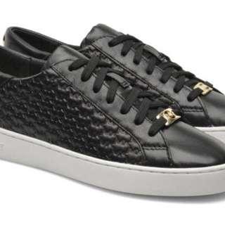Michael Kors (MK) Colby Sneakers US8 (Black)