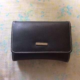 Avon Wallet