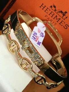 Hermes bangle with Dia