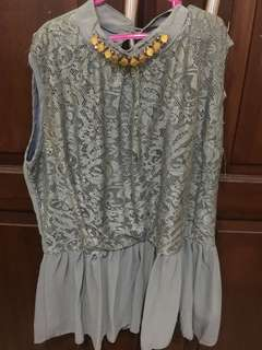 Dress Abu With Accessories