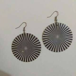 Black and White Rounded Capiz Earrings