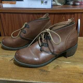 Korean Boots