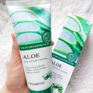 Foodaholic Aloe Vera Foam Cleanser 180ml