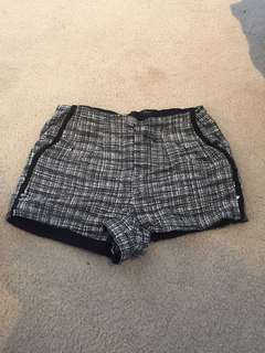 Forever 21 tweed black and white shorts