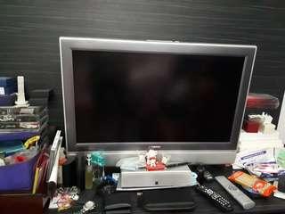 32 inch TV - Toshiba