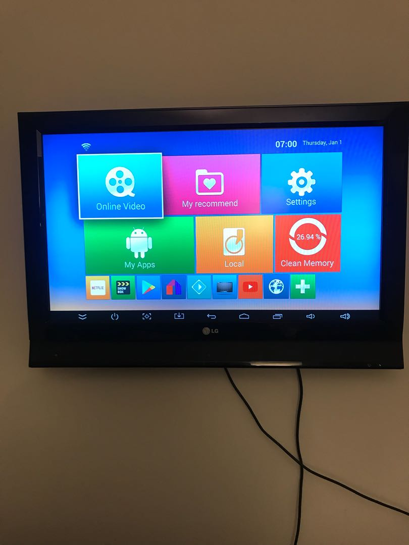 32' LG LED TV