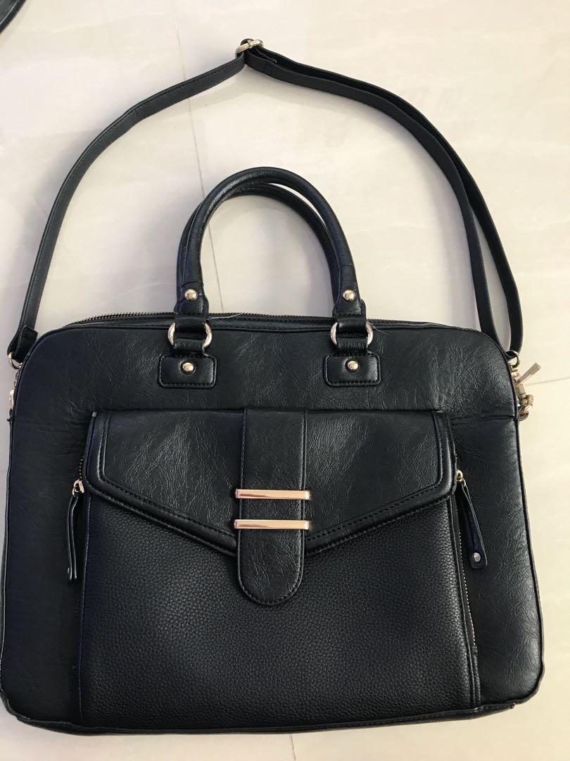 607b672fcba Aldo Laptop Bag, Women's Fashion, Bags & Wallets on Carousell