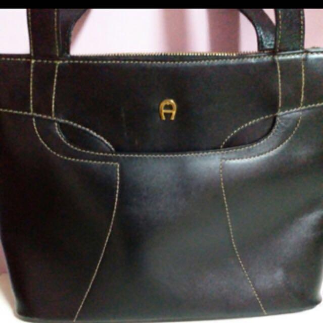 Black Aigner bag