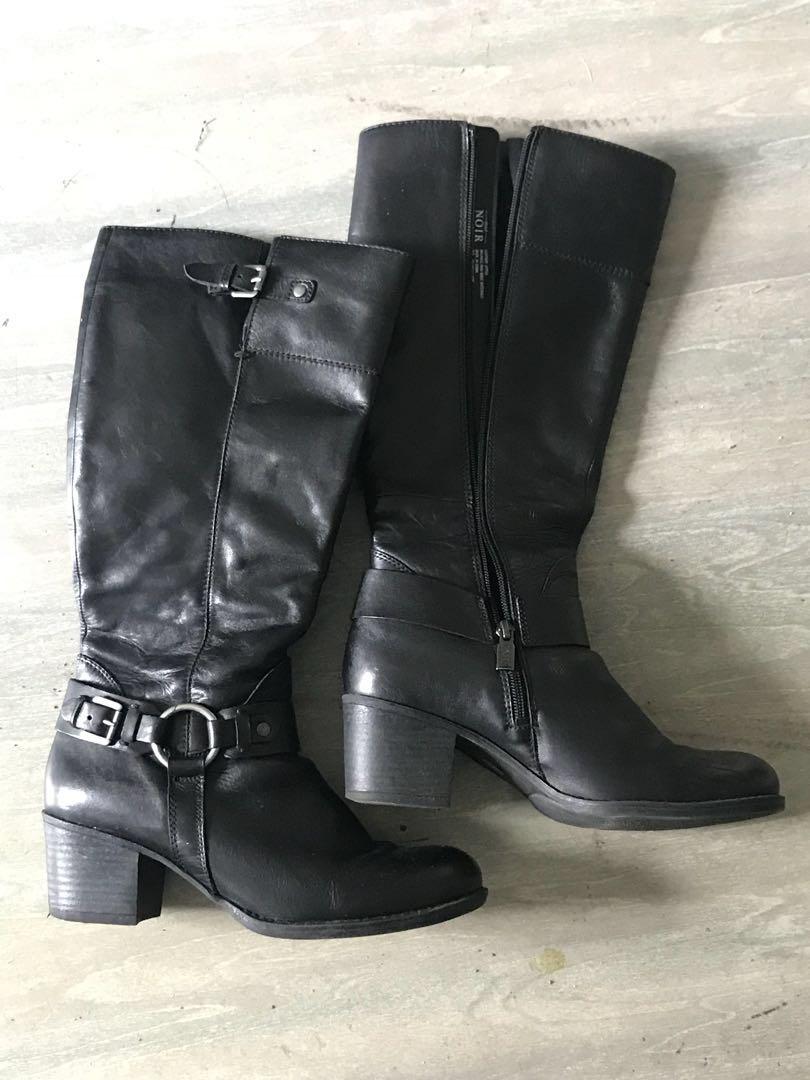 Black pulp noir boots