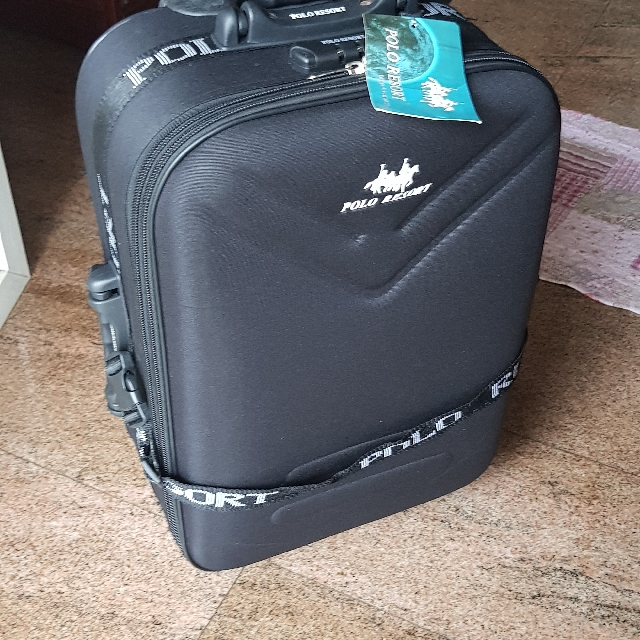 435df54922 Cabin size Polo Resort luggage on Carousell