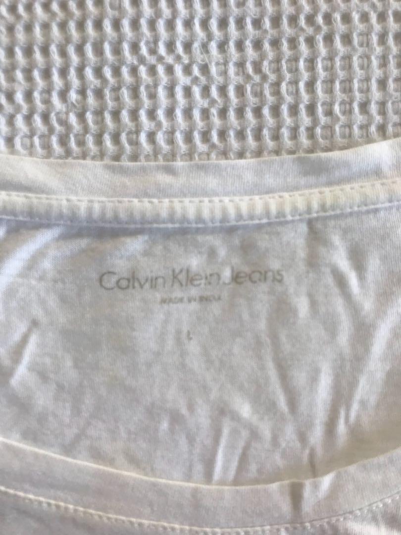 CALVIN KLEIN white crop top