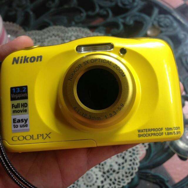 Camera Nikon Coolpix W100