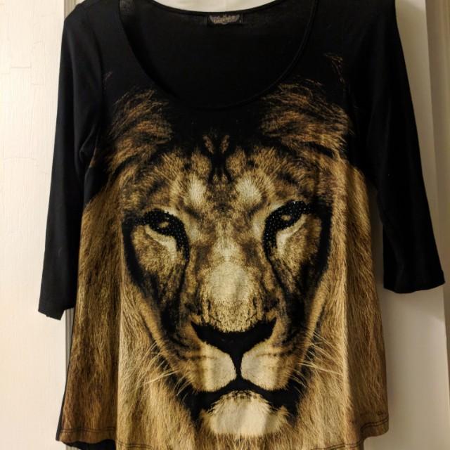 Lion shirt