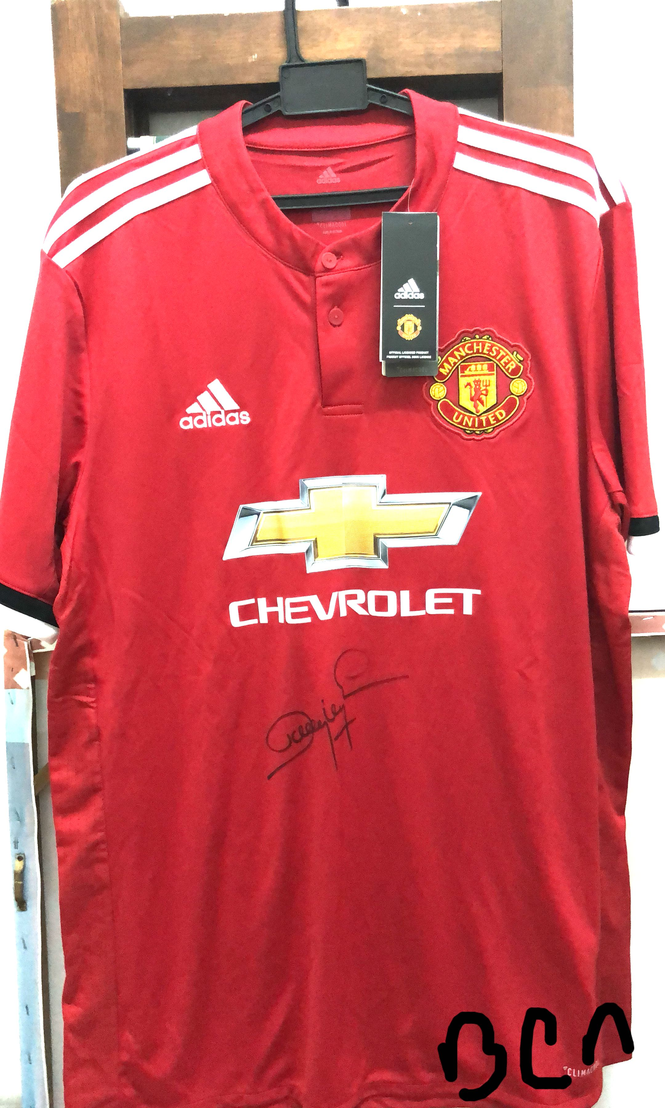 dfb9c2fd84d Manchester United 2017 18 Home Jersey with Dwight Yorke Signature ...