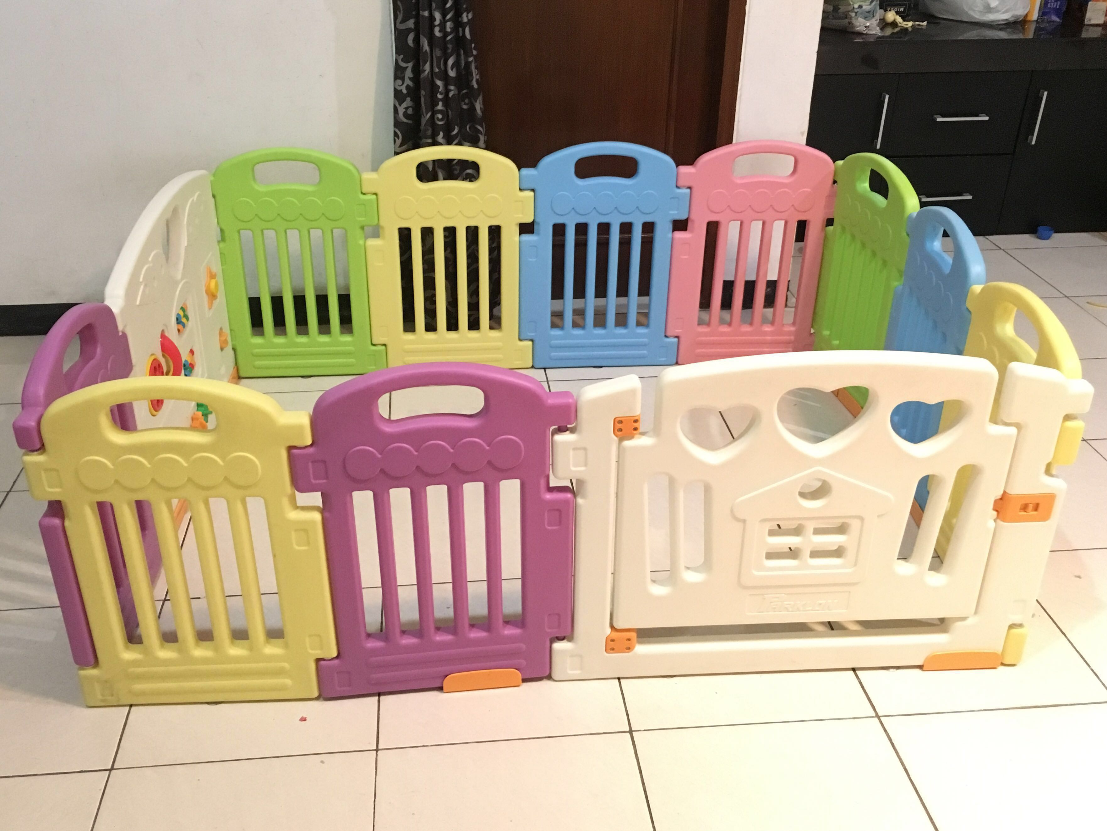 Pagar Bayi Baby Fence Babies Kids Toys Walkers On
