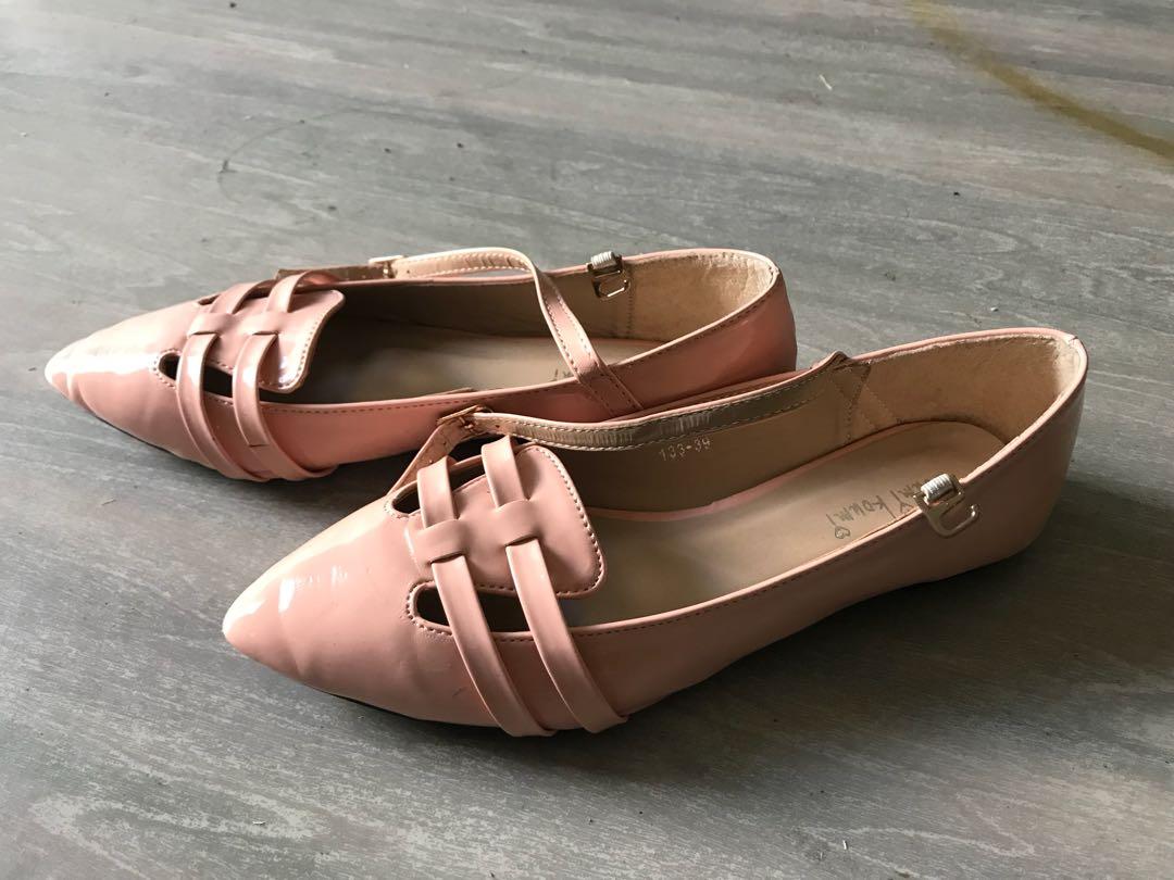 Peach ballet flats