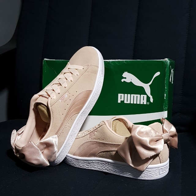 official photos f67c2 60dba Puma Suede Bow Valentines Trainers (Pink), Women's Fashion ...