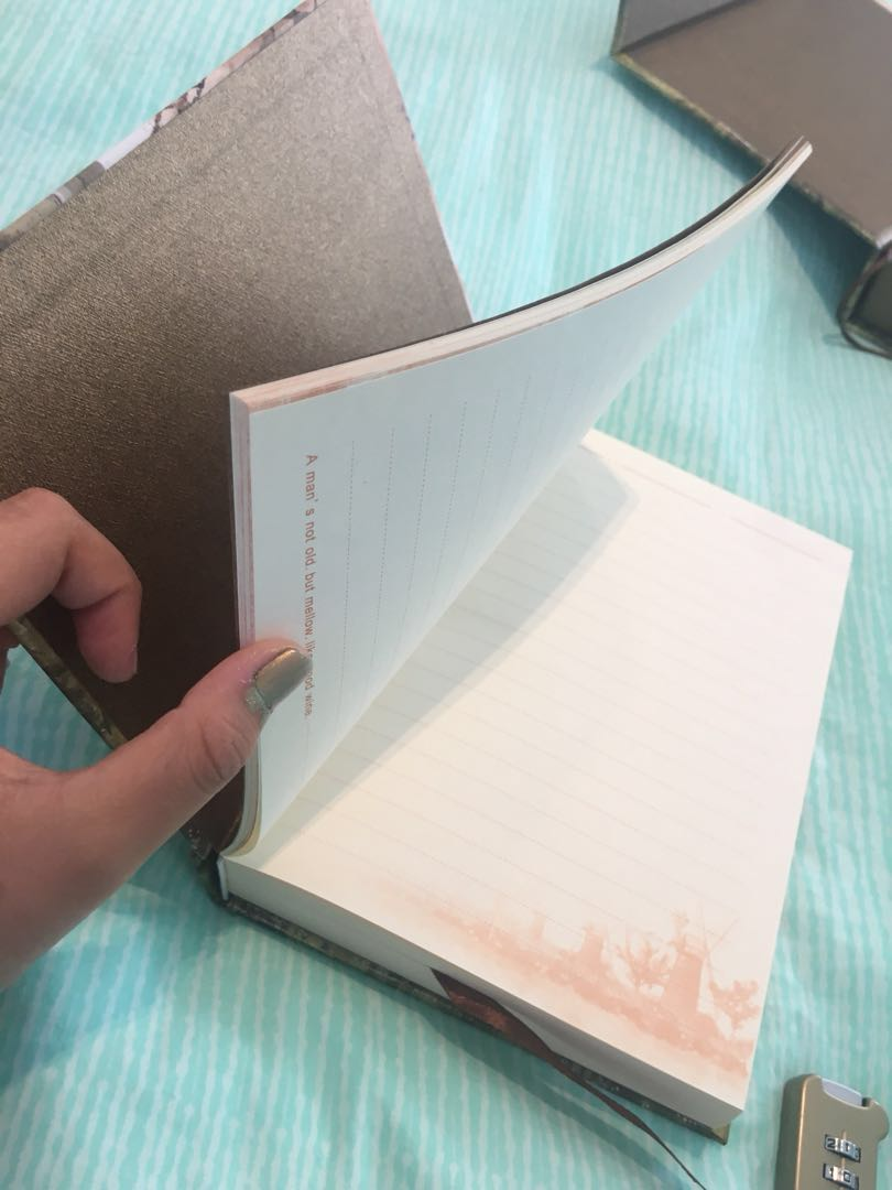 Scenery notebooks