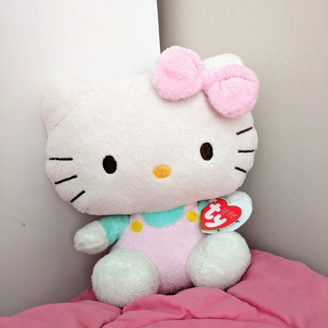 *REDUCED* TY Fluffies Hello Kitty Plush