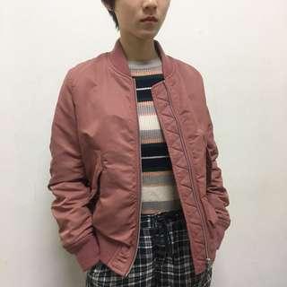 uniqlo 粉色飛行外套