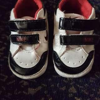 Baby nike pre-walk Shoes
