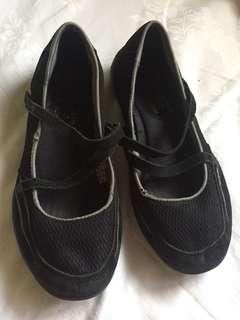 Sketchers Black Shoe
