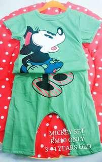Unisex T-Shirt Set (Mickey Green)