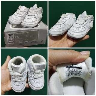 Preloved prewalker baby shoes