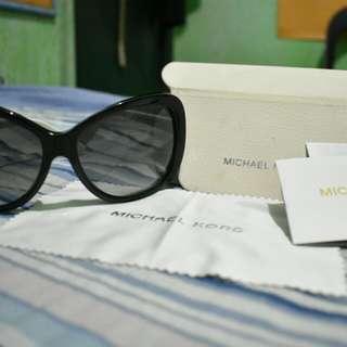 Michael Kors MK 6018 305211 Black