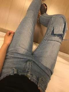 🚚 補丁牛仔褲