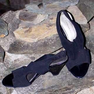 Bandolino 2.5 inches heels