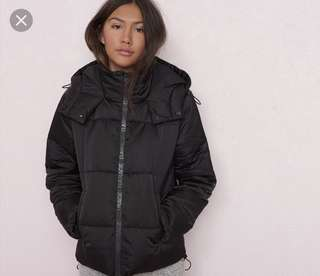 Black Puffer jacket XS
