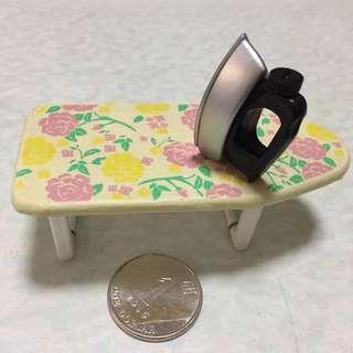 微玩具-家居篇-燙斗+燙衫板
