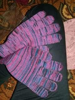 Sarung tangan baru